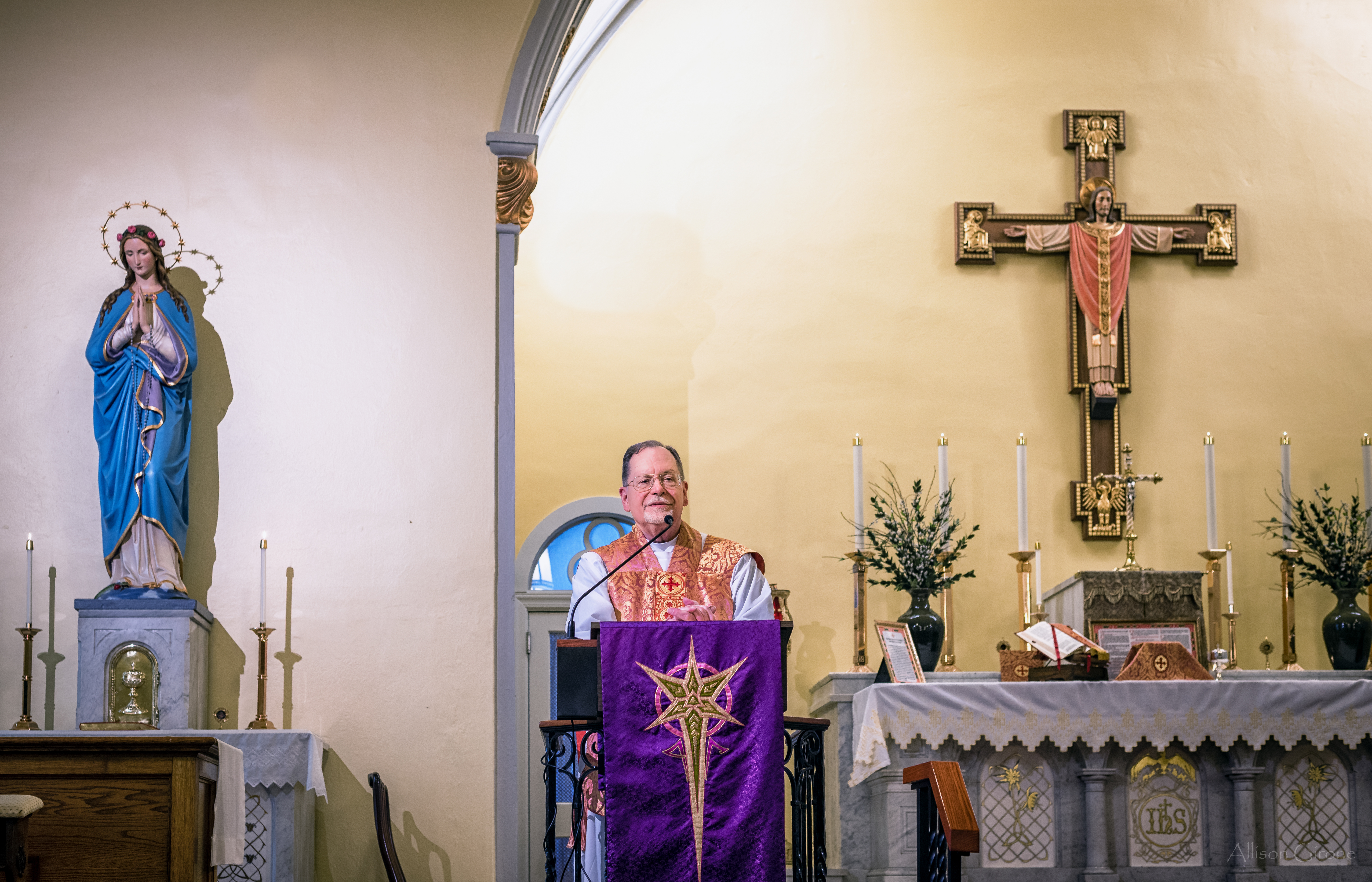 Latinmass St. Patrick Laetare Sunday Lent Fr. Klein 1 Of 1